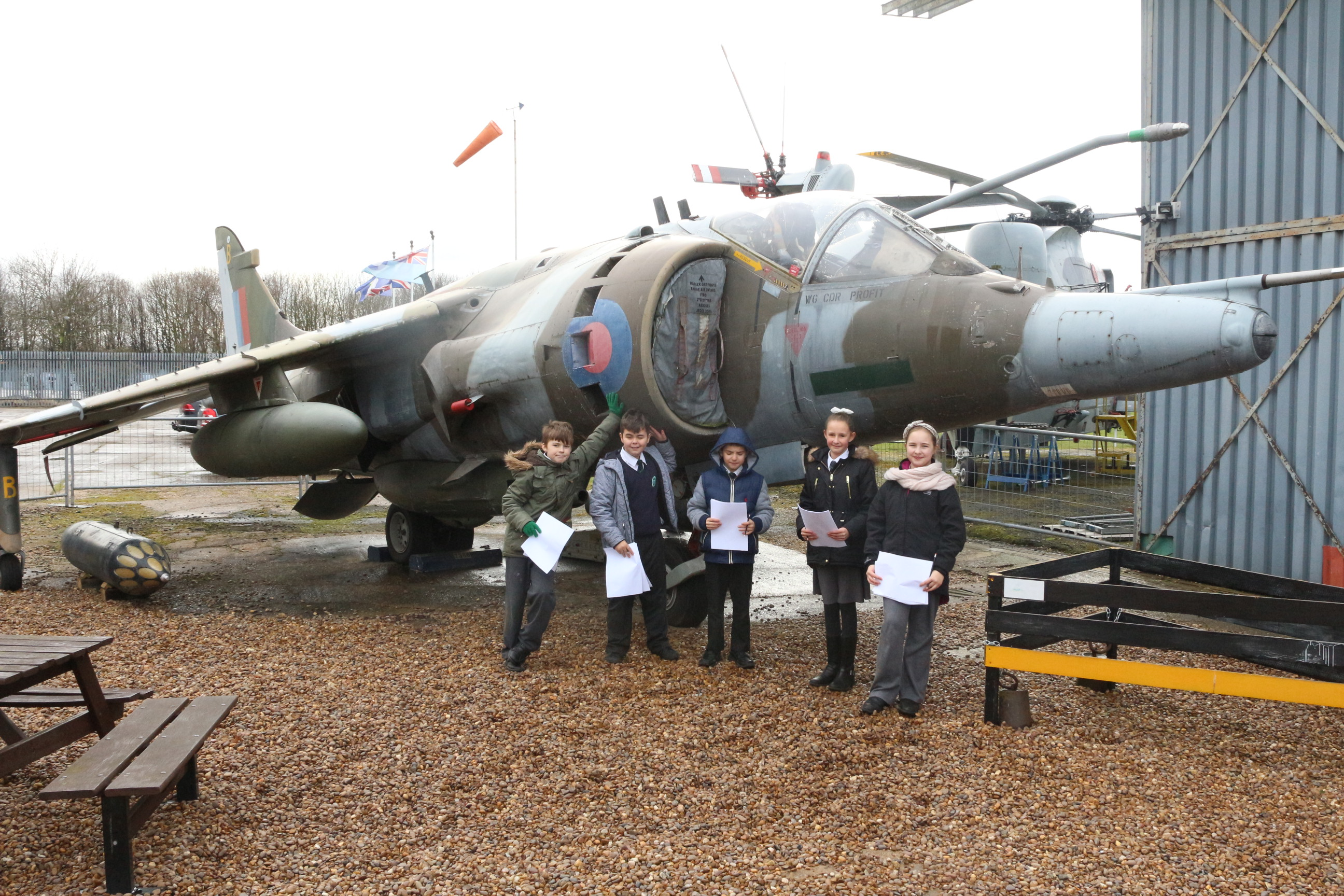 South Yorkshire Aircraft Museum >> Y6 visit the South Yorkshire Air Museum - All Saints Academy