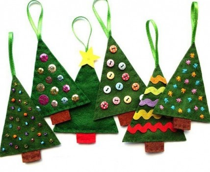 parents of children in fs1 nursery and fs2 reception are invited to a christmas stay and play event - Craft Christmas